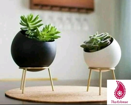 White Black Planter with brass stand set of 2